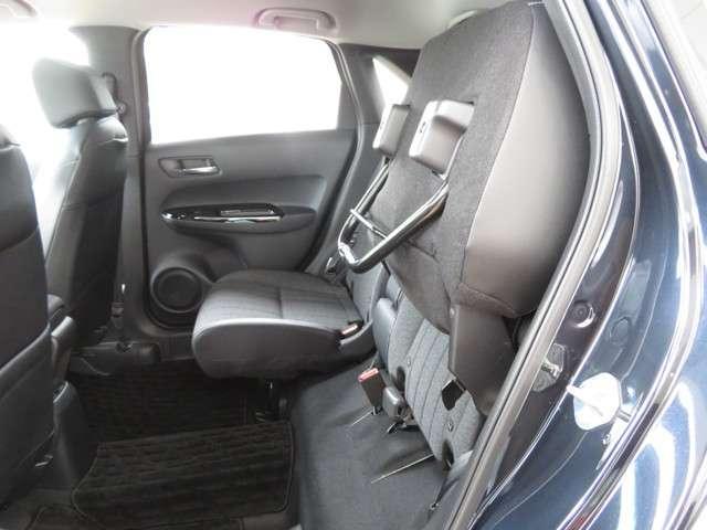 e:HEVホーム デモカー 運転支援 ホンダ認定中古車 Bluetooth対応ナビ 障害物センサー クルーズコントロール ETC LEDヘッドライト リアカメラ オートマチックハイビーム(12枚目)
