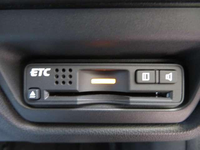 スパーダ・クールスピリット ホンダセンシング 大型ナビ 運転支援 ホンダ認定中古車 Bluetooth対応 クルーズコントロール ETC シートヒーター LEDヘッドライト リアカメラ(19枚目)