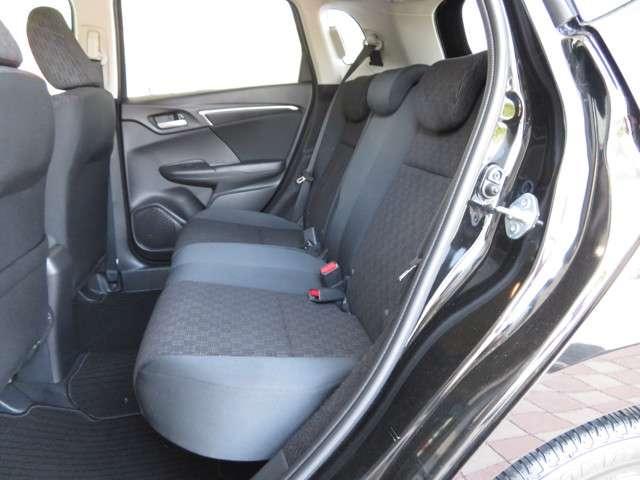 13G・Sパッケージ Bluetooth対応ナビ ドラレコ ホンダ認定中古車 クルーズコントロール LEDヘッドライト 純正AW ETC(11枚目)