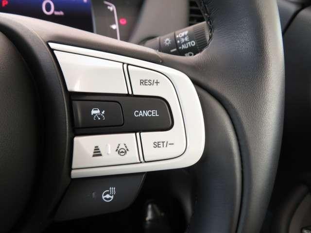 リュクス Bluetoothナビ 運転支援 ホンダ認定中古車 クルーズコントロール リアカメラ シートヒーター LEDヘッドライト ETC 純正AW オートマチックハイビーム(3枚目)