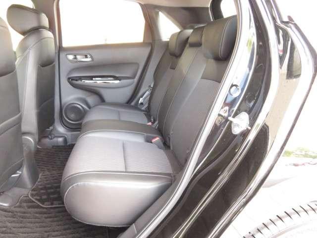 リュクス Bluetoothナビ 運転支援 ホンダ認定中古車 クルーズコントロール リアカメラ シートヒーター LEDヘッドライト ETC 純正AW オートマチックハイビーム(11枚目)
