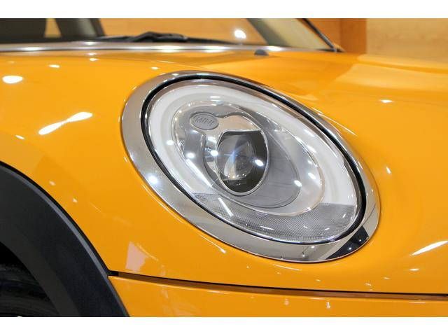 クーパーS 6MT ワンオーナー ナビ LEDヘッドライト フォグ Bluetooth通話&音楽再生 アイドリングストップ 17インチAW クローム外装 アームレスト スポーツシート 保証書記録簿あり(18枚目)