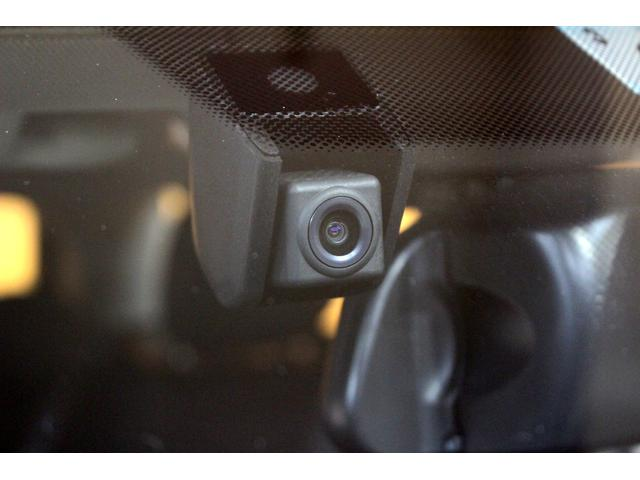 クーパーS カバナシート ナビ バックカメラ PDC クルコン ドライビングモード ドラレコ コンフォートA JCWステアリング パドルシフト 17インチAW  ETC内蔵ミラー オートLED ディーラー記録簿(18枚目)
