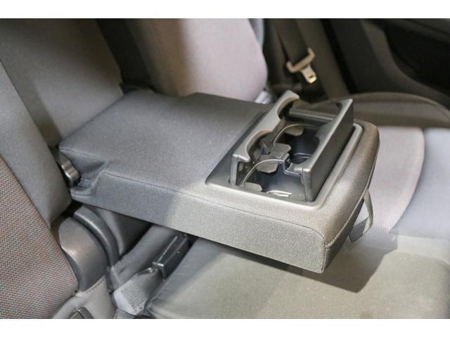 クーパーD クロスオーバー 追従クルコン 衝突軽減ブレーキ スマートキー PDCセンサー バックカメラ 電動開閉トランク ETC内蔵ミラー 純正HDDナビ ミュージックサーバー Bluetooth ディーラー整備記録簿(39枚目)