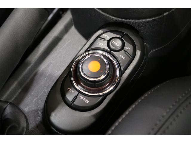 クーパー コンバーチブル 1オーナー レザレットシート シートヒーター 衝突軽減B Pアシスト Bカメラ 前後PDC コンフォートA SOSコール ユニオンジャックテール LEDヘッドライト 16インチAW 新車保証 TLC(44枚目)