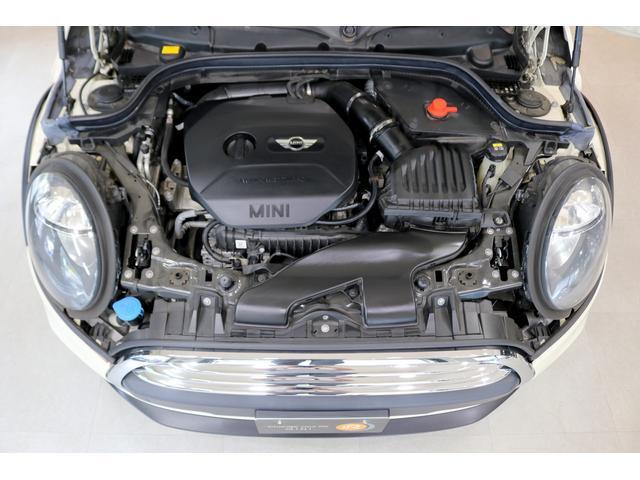 ワン 6速マニュアル ドライビングモード オートエアコン ETC フォグランプ クロームラインエクステリア 純正オーディオ AUX&USB接続 15インチAW ルーフバイザー ディーラー記録簿(2枚目)