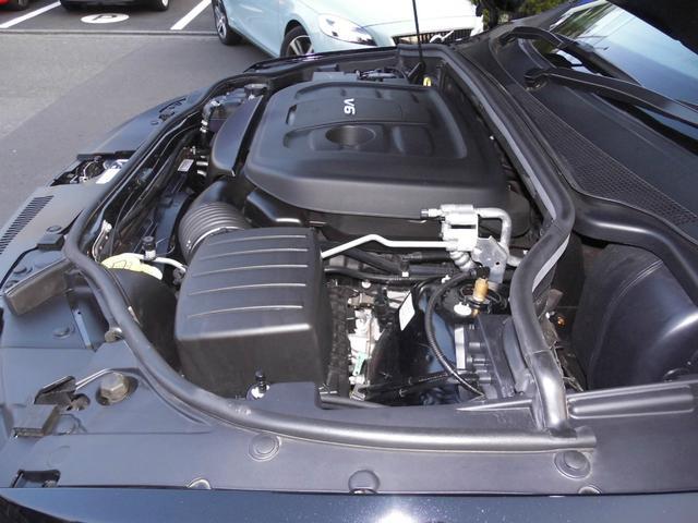 エンジンは3.6リットルV型6気筒 (カタログ値290ps、347Nm)で、トランスミッションは8速AT