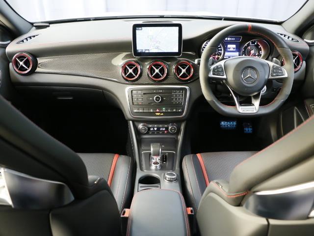 メルセデス・ベンツ M・ベンツ GLA45 4マチック AMGアドバンスト・AMGカーボンP