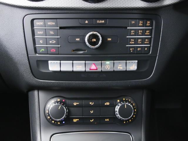 B180 レーダーセーフティパッケージ 5年保証 新車保証(12枚目)