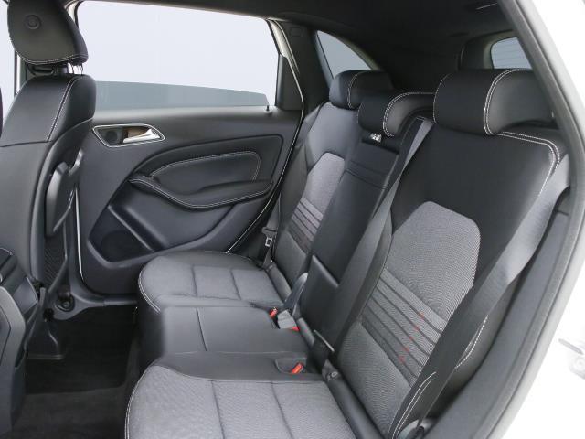 B180 レーダーセーフティパッケージ 5年保証 新車保証(18枚目)