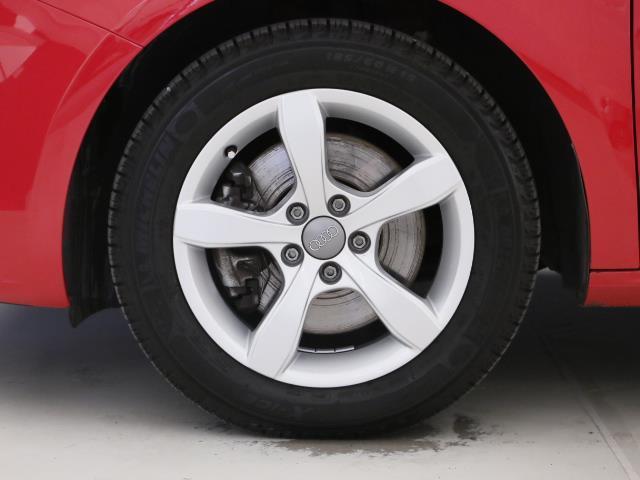 こちらの車両は、タイヤ交換付きのモデルとなります。納車時に交換いたします。