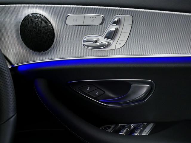 E200 4マチック アバンギャルド 4年保証 新車保証(17枚目)