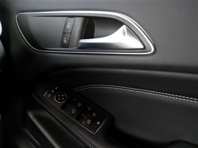 B180 レーダーセーフティパッケージ 新車保証(15枚目)