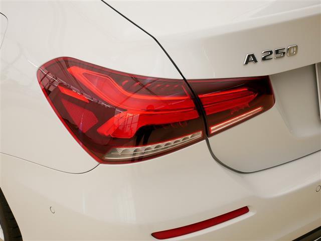A250 4MATIC セダン レザーエクスクルーシブパッケージ レーダーセーフティパッケージ ナビゲーションパッケージ 4年保証 新車保証(29枚目)