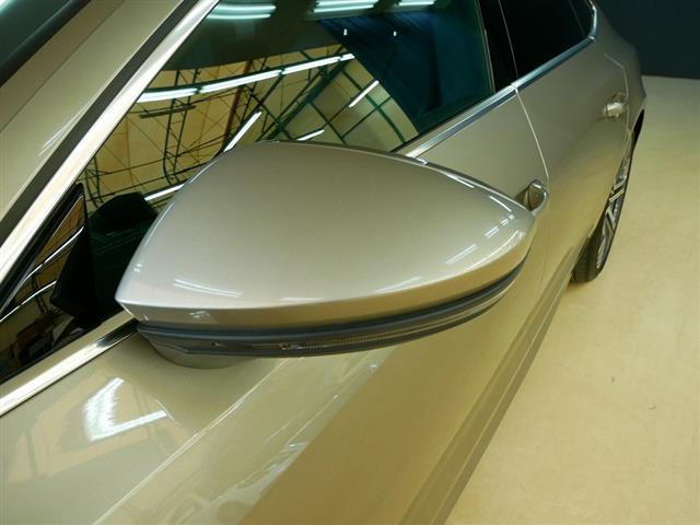 車両に関する装備・価格等ご不明点などはお気軽にお問い合せください。また、総額を表示している車両の納車に関わる費用等は別途料金がかかる場合もございます。詳細はヤナセスタッフへお問合せください。