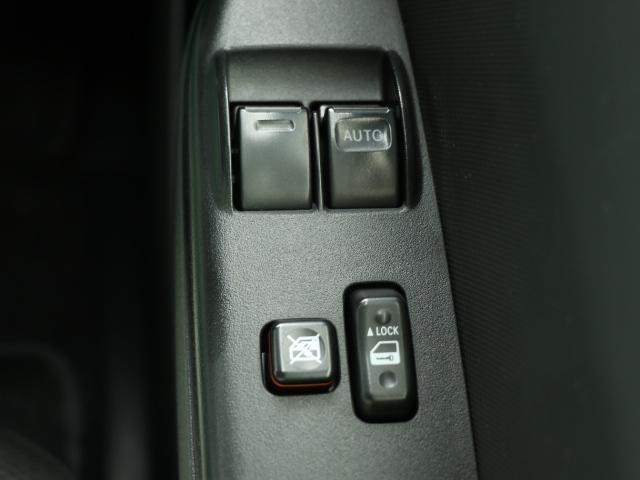 トヨタ ハイエースバン カイゴフクシ 電動スライドドア ベンチシート