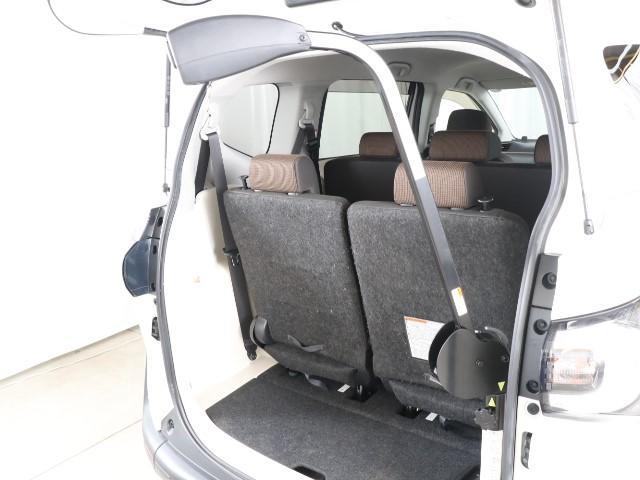 G 福祉車両 ウェルキャブ 助手席回転チルトシートBタイプ フルセグTV付純正SDナビ Bモニター ETC スマートキー 両側電動スライトドア 純正ドラレコ ETC2.0(3枚目)
