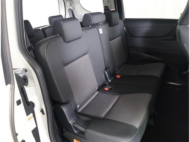 G フクシシャリョウ G ウェルキャブ 助手席回転チルトシート 車いす収納装置付き トヨタセーフティセンス フルセグTV付き純正SDナビ バックモニター ETC2.0 両側パワ-ドア スマートキー ワンオーナー(17枚目)