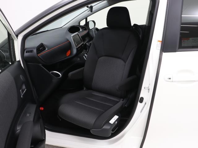 フクシシャリョウ G 福祉車両 ウェルキャブ 助手席回転チルトシート車 アラウンドビューモニター 7人乗り スマートキー ワンオーナー 3列シート イモビライザー デュアルエアバック ABS コーナーセンサー(2枚目)