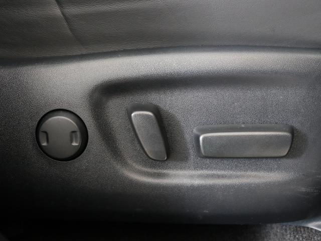 エレガンス G's 4WD フルセグ メモリーナビ バックカメラ ETC LEDヘッドランプ ワンオーナー DVD再生 ミュージックプレイヤー接続可 記録簿 安全装備 オートクルーズコントロール 電動シート ナビ&TV(13枚目)