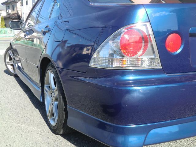 純正色ブルーM・純正6速・純正フルエアロ・サンルーフ・TEIN車高調・社外マフラー・HIDヘッドライト・純正17インチAW・カロッツェリアCDオーディオ・オートエアコン・ETC・Wエアバック・ABS付
