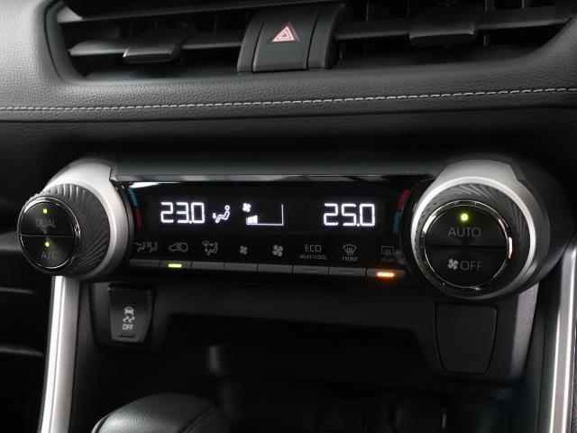 X バックカメラ スマートキー メモリーナビ TSS キーレス LEDライト ETC AW イモビライザー オートクルーズコントロール ナビTV フルセグTV 試乗車UP CD DVD(11枚目)