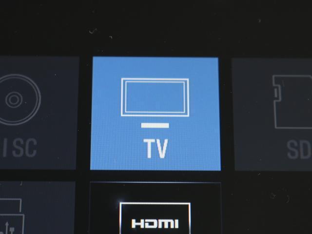 ハイブリッドGi W電動ドア Wエアコン 衝突被害軽減 DVD再生 キーレス LEDヘッド Bモニター 1オナ 3列シート メモリ-ナビ イモビライザー アルミホイール スマートキー CD ETC フルセグ ABS(10枚目)