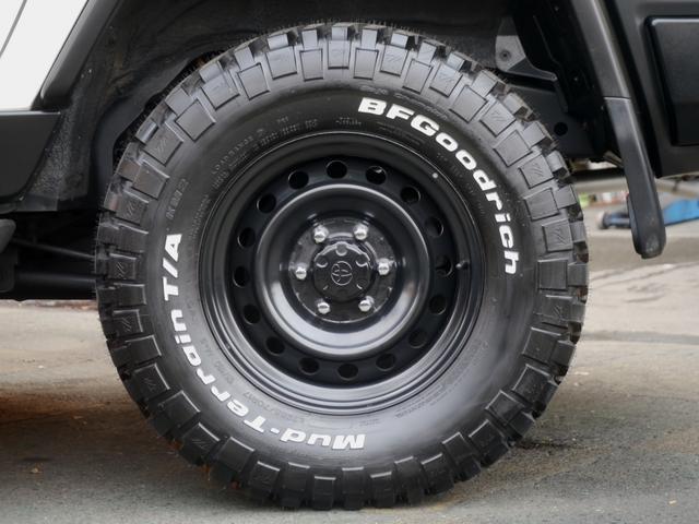 トヨタ FJクルーザー ベース 2インチリフトアップ トレイル仕様ブラックアウト