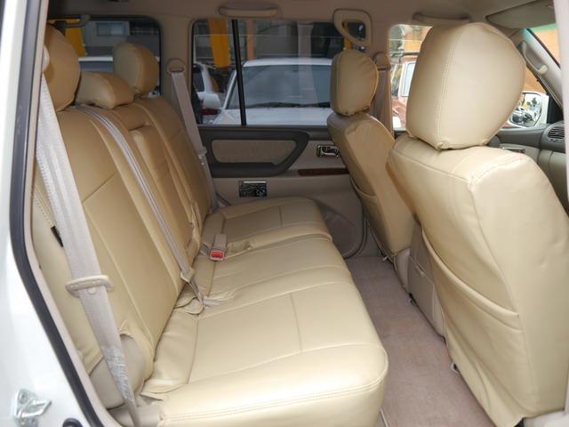 「トヨタ」「ランドクルーザー100」「SUV・クロカン」「東京都」の中古車13