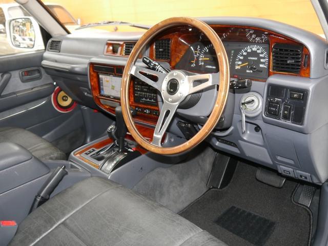 「トヨタ」「ランドクルーザー80」「SUV・クロカン」「東京都」の中古車11