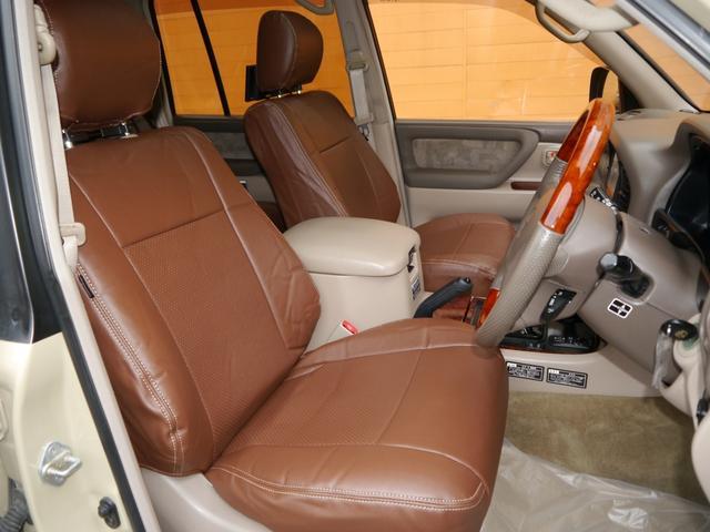 「トヨタ」「ランドクルーザー100」「SUV・クロカン」「東京都」の中古車2