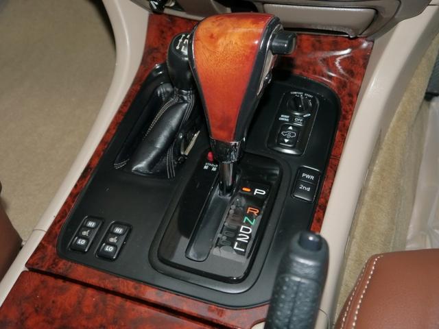 「トヨタ」「ランドクルーザー100」「SUV・クロカン」「東京都」の中古車20