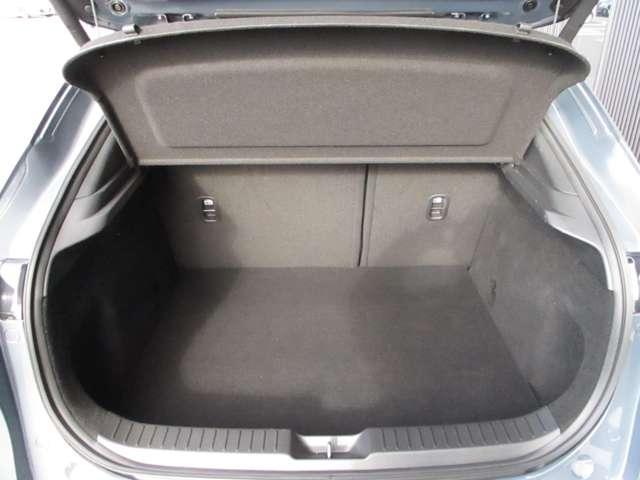 XD Lパッケージ 人気のポリメタルグレー入荷です♪360度モニター付 当社デモカーで使用しておりました!(9枚目)