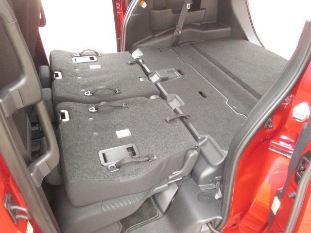 G リミテッド SAII 9インチナビ・後席モニター装着車(18枚目)