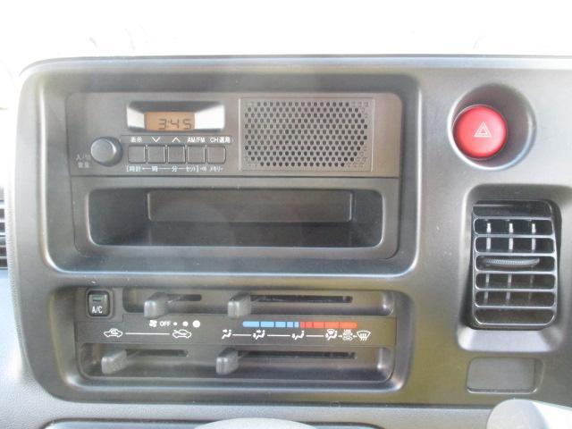 ダイハツ ハイゼットカーゴ DX キーレス AMFMラジオ