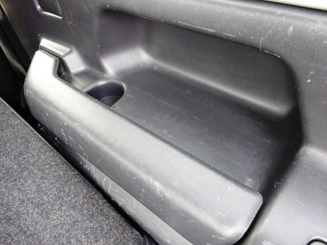 ランドベンチャー 切替式4WD ターボ 10型 5速マニュアル ワンオーナー ナビ TV ETC ハーフレザーシート シートヒーター 純正アルミ キーレスキー DVD再生 CD Bluetooth接続(56枚目)