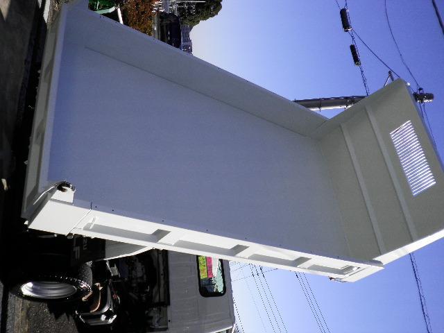 いすゞ エルフトラック 強化フルフラットローダンプ 2トン積載 ディーゼルターボ