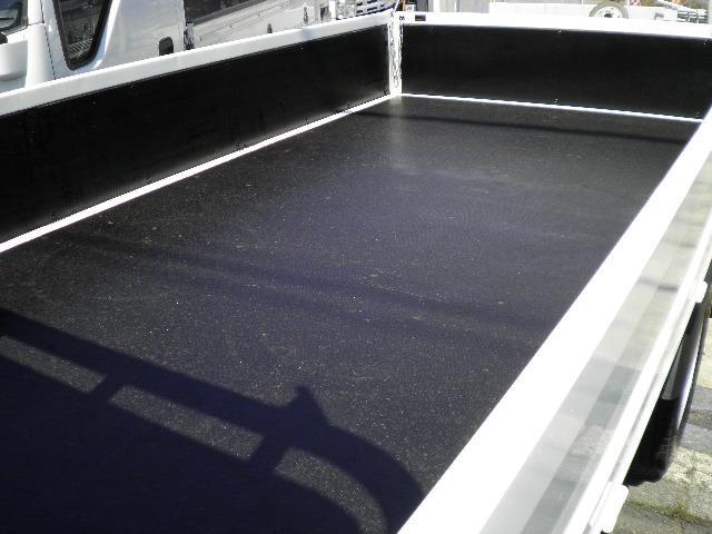 超低床 2トン積載 ディーゼルターボ 5速木製荷台4ナンバー(11枚目)