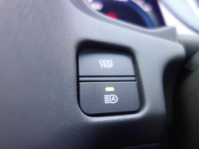 S スポーツスタイル 1オーナー 純正SDナビ フルセグTV バックカメラ ETC AC100V 純正OPドライブレコーダー ハーフレザーシート シートヒーター&パワーシート TRDサイド&リアエアロ 純正専用18AW(28枚目)