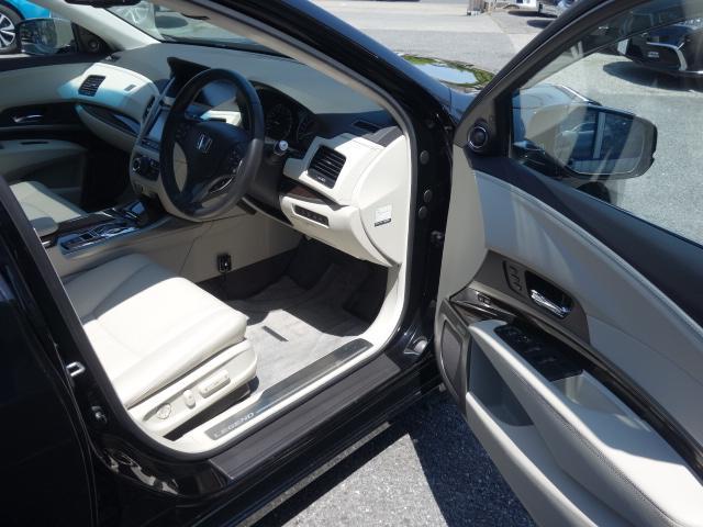 ベースグレード 1オーナー車 KRELLオーディオ アラウンドビューモニター サンルーフ ホンダセンシング 置くだけ充電 白革エアシート リア3面サンシェード ドライブレコーダー 19AW 純正トランクマット(21枚目)