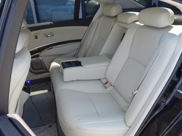 ベースグレード 1オーナー車 KRELLオーディオ アラウンドビューモニター サンルーフ ホンダセンシング 置くだけ充電 白革エアシート リア3面サンシェード ドライブレコーダー 19AW 純正トランクマット(25枚目)