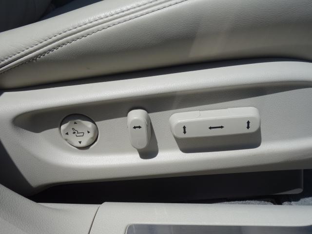 ベースグレード 1オーナー車 KRELLオーディオ アラウンドビューモニター サンルーフ ホンダセンシング 置くだけ充電 白革エアシート リア3面サンシェード ドライブレコーダー 19AW 純正トランクマット(31枚目)