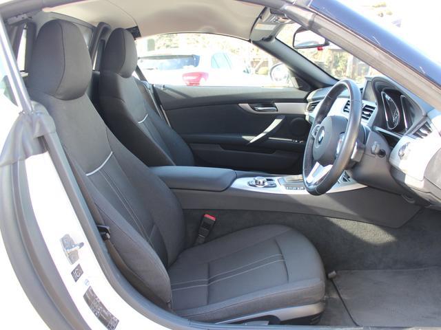 BMW BMW Z4 sDrive23i HDD地デジ キセノン 17AW 禁煙車