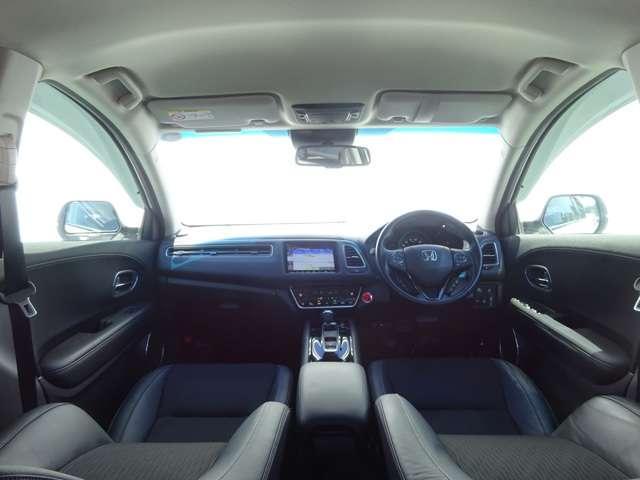 ハイブリッドZ・ホンダセンシング 8インチナビ Bluetooth シートヒーター 1オナ クルーズコントロール 地デジ アイドリングストップ シートヒーター 禁煙 ナビTV ETC メモリーナビ アルミ 盗難防止システム キーレス(3枚目)