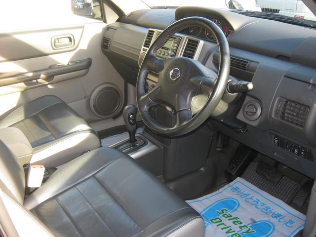 日産 エクストレイル Xtt4WD革シートCDMD