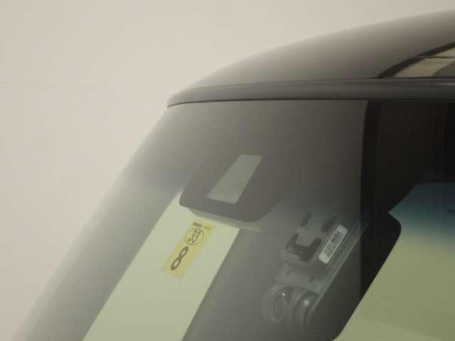 G・EXターボホンダセンシング 8インチナビ 大型R席TV ブラックグリル(8枚目)