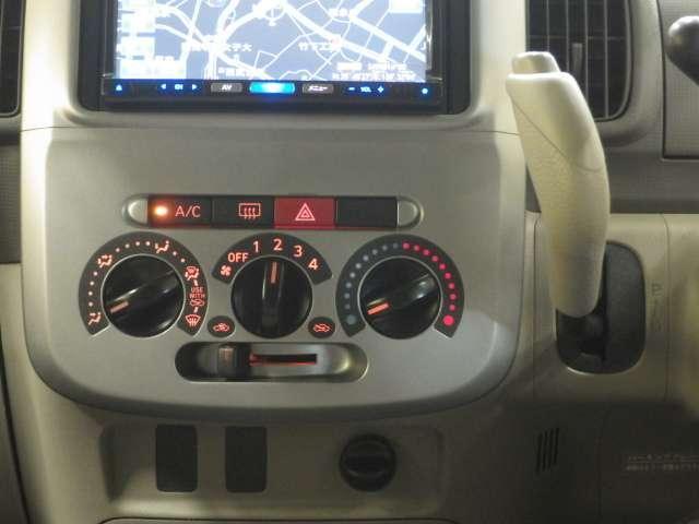 L メモリ-ナビ ETC ナビテレビ メモリナビ 左側スライド CDステレオ エアコン ワンオーナー車 Wエアバック ETC エアバッグ DVD再生 ABS パワステ フルセグ地デジTV 取説記録(10枚目)