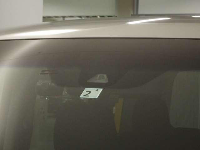 スパーダ ホンダセンシング ナビ リヤカメラ リヤ席モニタ LED AW 横滑り防止装置 ナビTV オートエアコン Bカメ 1オーナー LEDライト クルコン キーレス ETC フルセグ メモリーナビ スマートキー 3列シート(7枚目)