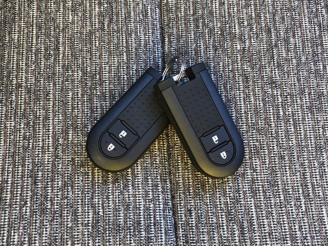 鍵はポケットやカバンに入れたままドアロック&アンロック♪エンジンスタートもキーフリーです♪