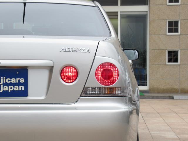 RS200 リミテッド 後期 6速MT  純正エアロ 純正17インチアルミ 純正マフラー HIDヘッドライト 社外CDデッキ キーレス(17枚目)